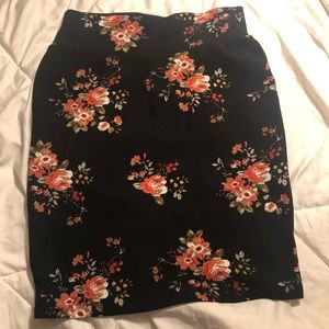 Floral 2X Pencil Skirt